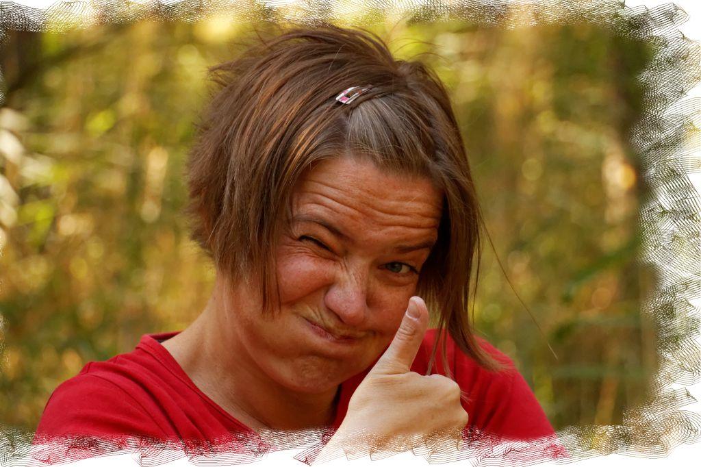 Katrin Schneller Thumbs up
